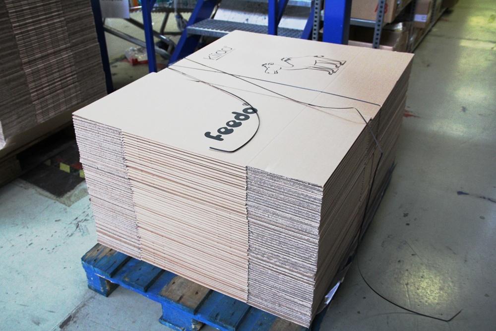 Balení zásilky: Feedo krabice