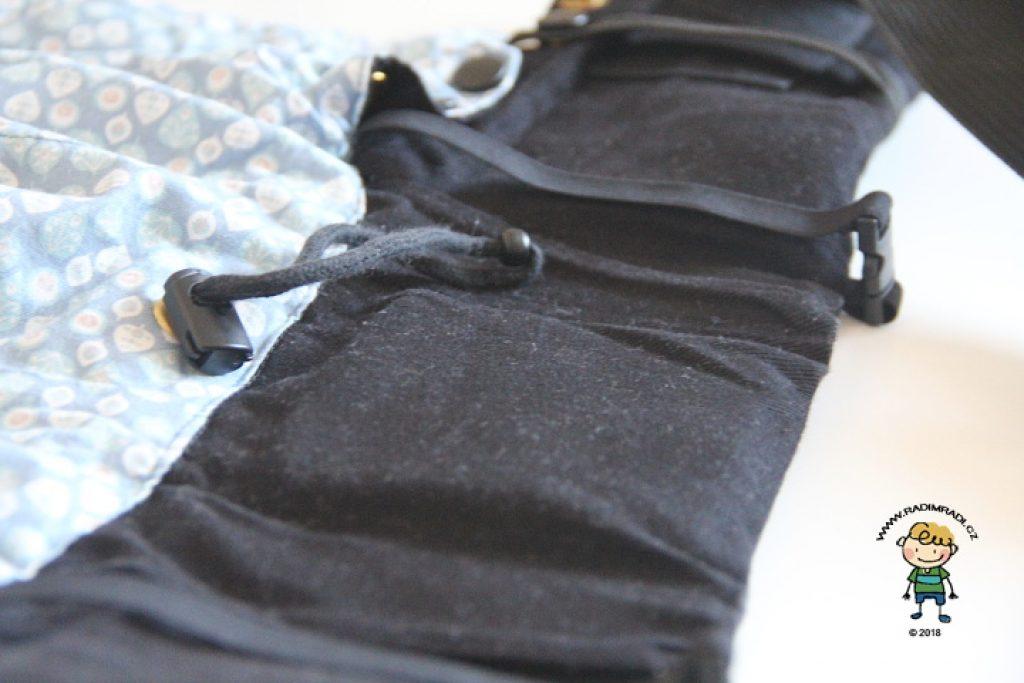 Nosítko KiBi: Detail na bederní pás. Bederní pás je velmi úzký a nepohodlný.