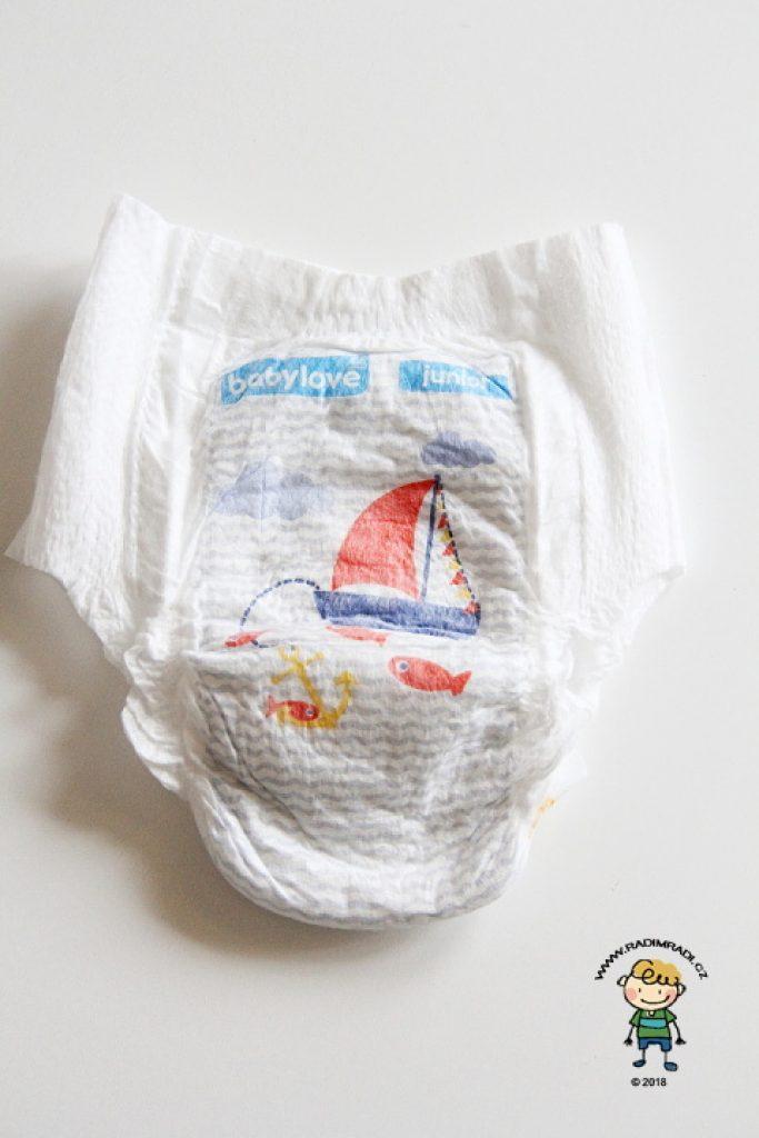 Plenkové kalhotky Babylove: Jak plenka vypadá ze přední strany.