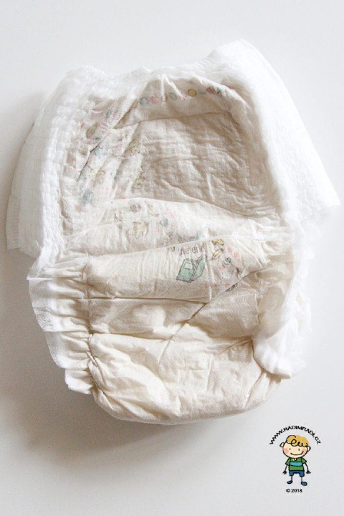 Plenkové kalhotky Seventh Generation: Jak plenka vypadá ze zadní strany.