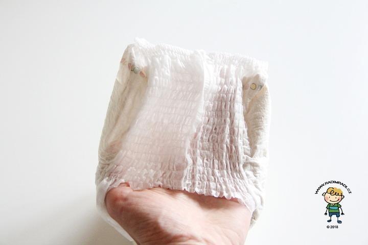 Plenkové kalhotky Seventh Generation: Detail na gumičky v pase.