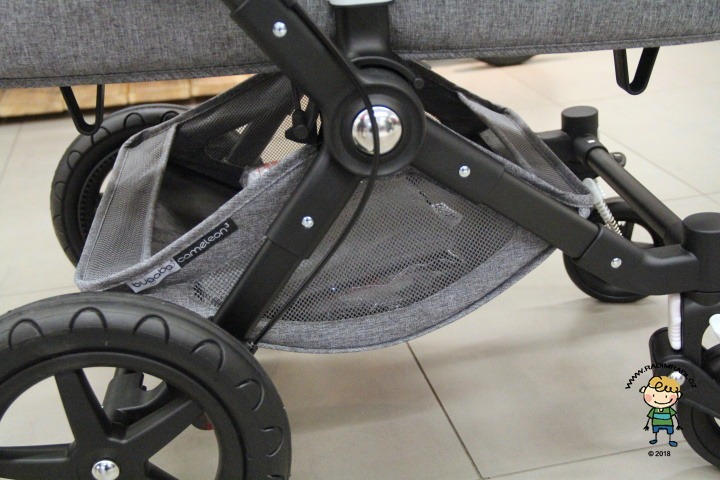 Bugaboo Cameleon 3 Plus: Košík je dobře přístupný i s hlubokou korbou.