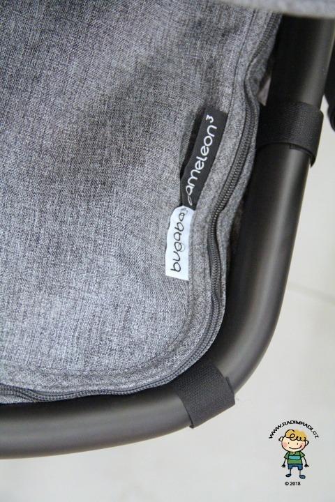 Rám korby (sedačky) je potažen kůží.