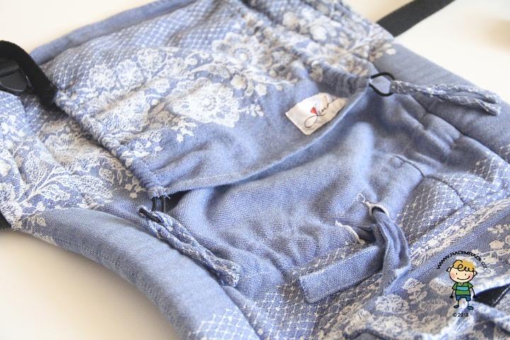 Nosítko Lenka 4ever: Jak nosítko vypadá ze přední strany.