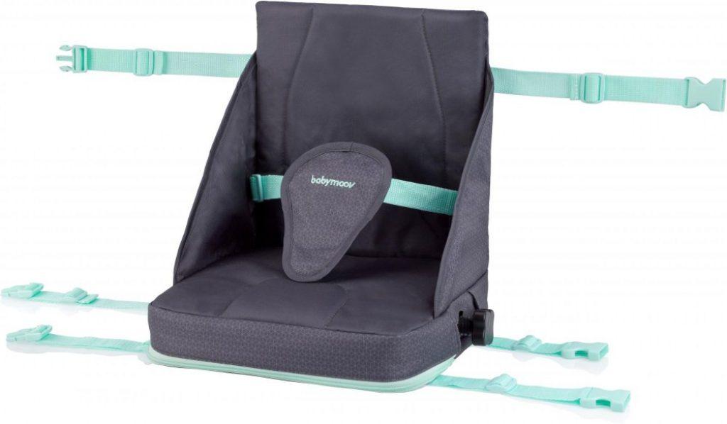Babymoov Přenosná židlička Up&Go Smokey se upevní na klasickou židli.