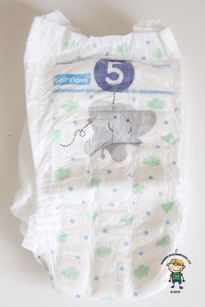 Babylove plenkové kalhotky se třemi kanálky: Jak plenka vypadá ze přední strany.